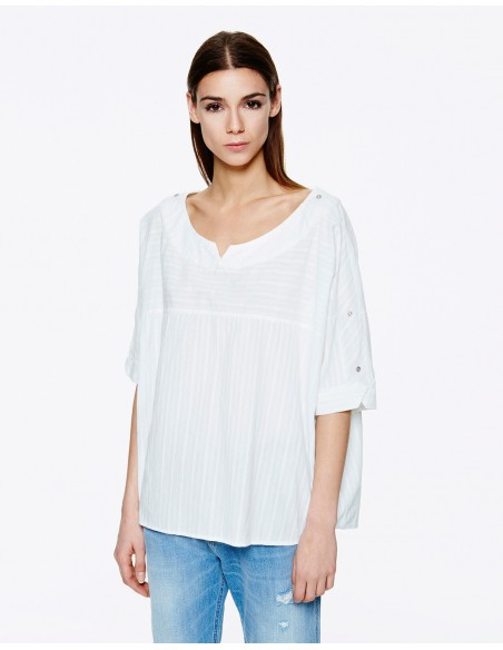 BLUSA OVER